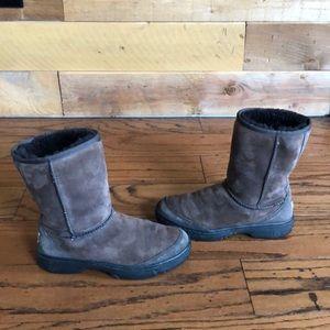 Ugg Australia brown Ultimate short sheepskin boots